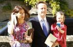 David Cameron Leaves Daughter at Pub